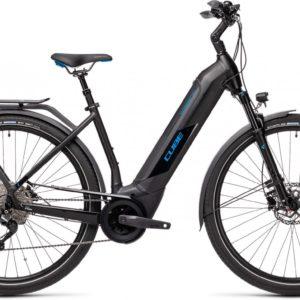 CUBE KATHMANDU HYBRID PRO 625 BLACK/BLUE 2021 EE50